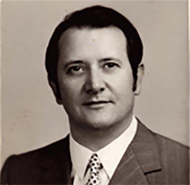 Pierre Pignat, souffleur de verre MOF 1955