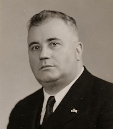 Paul Pignat, souffleur de verre en laboratoire MOF 1936