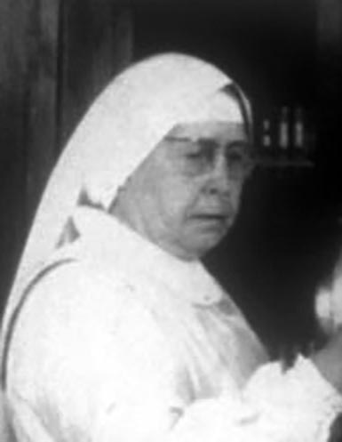 Alice Novial (sœur Marie-Suzanne), MOF photographe 1949
