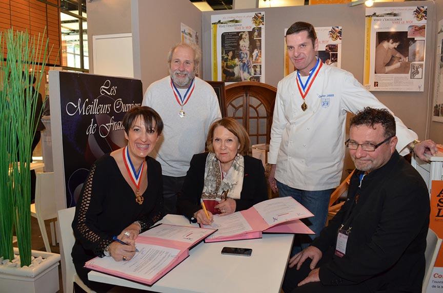 Signature d'une convention avec l'académie de Lyon